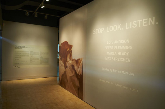 Stop.Look.Listen, installation view